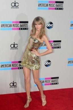 Taylor Swift, Timberlake win at American Music Awards