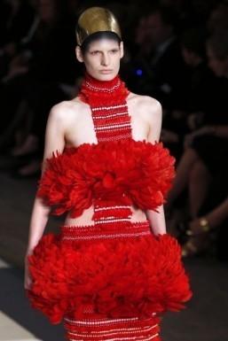 Trend report: makeup looks from the Paris runways