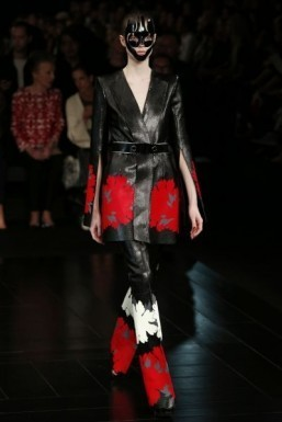 Alexander McQueen to open Paris store
