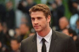 Liam Hemsworth approached for a major role in 'Independence Day 2'