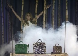 Cara Delevingne creates bags for Mulberry