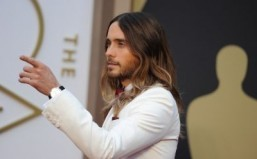 86th Academy Awards show opens after hotly contested race