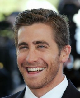 Gyllenhaal, Maguire or Bridges in 'Jane Got a Gun'