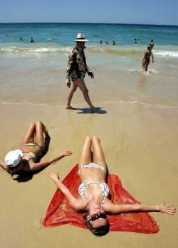 Can sunscreens be flammable?