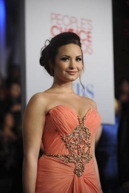 Demi Lovato the new face of Skechers