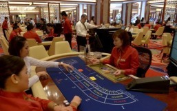 Philippines bets on joining gaming elite with mega casino