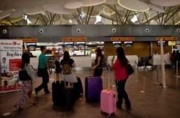 New Malaysian budget airport opens amid MH370 mystery
