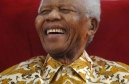 Mandela actors hail icon, as new film tipped for boost