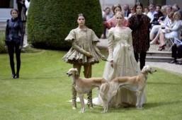 Paris fashion is 'royal affair'