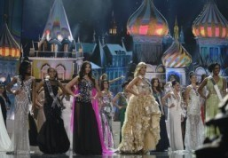 Glitz and politics as Russia hosts Miss Universe for first time