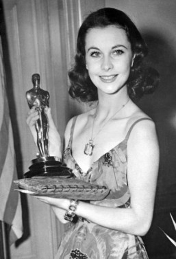 'Gone with the Wind' sweeps back for 75th anniversary