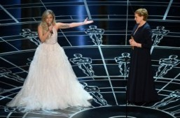 Lady Gaga in moving 'Sound of Music' Oscars tribute