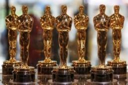 Oscars broadcast to celebrate movie heroes