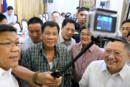 Duterte names DTI, DOT, DOH chiefs