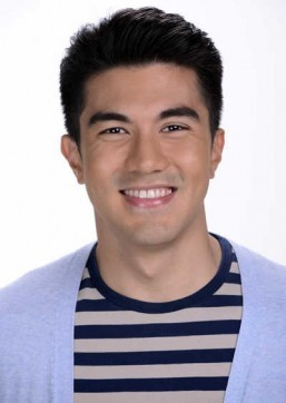 Luis on politics: Never akong pinilit ng mommy