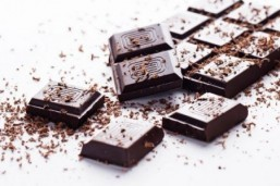 Boost both body and brain with chocolate say two new studies