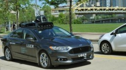 Uber goes public with self-driving test