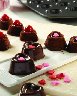 Bite-Sized Valentine's Day Treats Get to the Heart of the Holiday