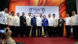 Aquino expects country's columnists to deliver message of hope
