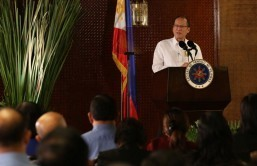 World should fear China's actions in South China Sea: Aquino