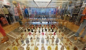 Japan's Uniqlo eyes Asia with new Tokyo megastore