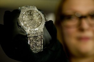 What crisis? Swiss watchmakers eye record 2012
