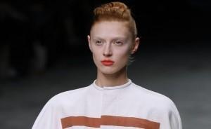 Spring/Summer 2012 beauty trends: corals, metallics and navy eyeshadow
