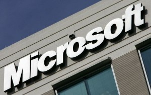 Microsoft revamps cloud mail service, calls it Outlook