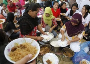 Aquino leads nation in celebrating Eid'l Fitr