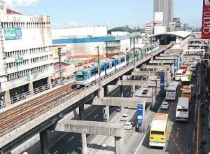 Mar Roxas: Govt hopes to ease MRT-3 commuter volume with 52 new trains