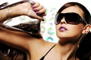 Do beautiful women have more socially desirable personalities?