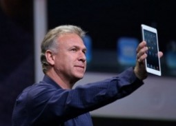 Thinner, lighter iPad launching March 2013?