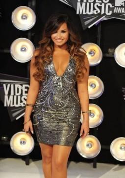 Twitter index: Demi Lovato premieres 'Heart Attack'
