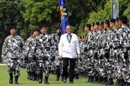 27 killed as Malaysians flee turmoil