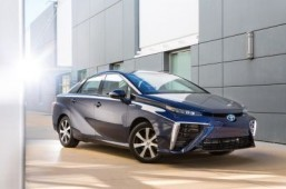Congestion expected after Toyota green car orders soar