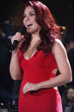 KC intimidated by mother's singing talent