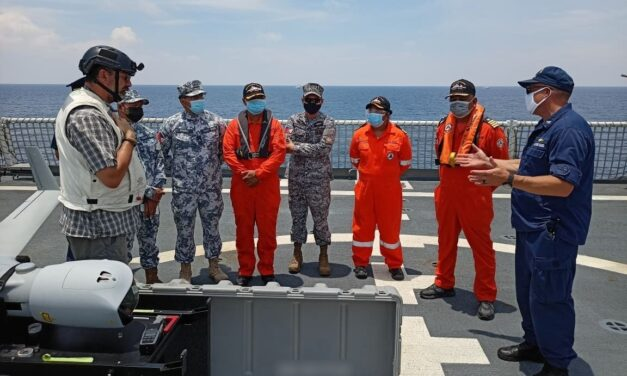 US, PHILIPPINE COAST GUARDS CONDUCT MARITIME EXERCISE IN SUBIC