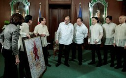 Palace told: 'We are not giving up calls for lower tax'