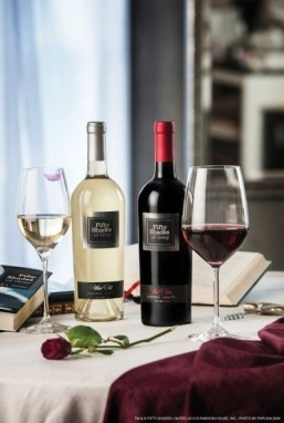 'Fifty Shades of Grey' author launches wine