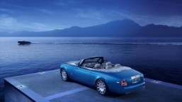 Rolls-Royce reveals the Phantom Drophead Coupé Waterspeed Collection