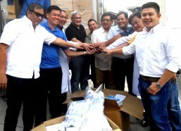 Angeles City officials welcome medical supplies from US military, church
