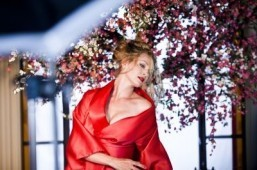 Uma Thurman stars in 2014 Campari calendar