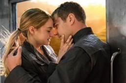 'Divergent' dominates worldwide box office