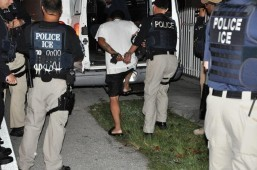 US deports illegal immigrants for minor offenses: report