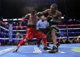 Unbeaten Walters KOs Donaire for title