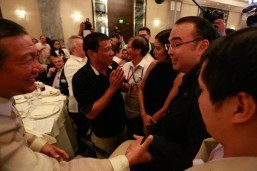 TV anchor, one more leftist, 2 ex-army, Duterte's aide join Cabinet