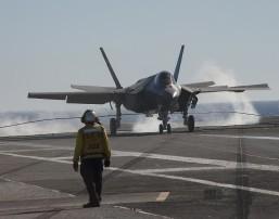 US F-35 jet makes 'landmark' aircraft carrier landing off San Diego