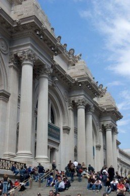 New York's Metropolitan Museum to open 7/7
