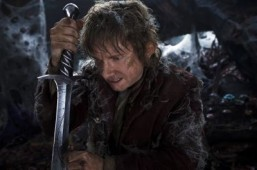 Trailer: Bilbo faces Smaug in the second chapter of 'The Hobbit'