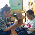 Ambassador's Tour participant donates solar study lamps to Cebu students
